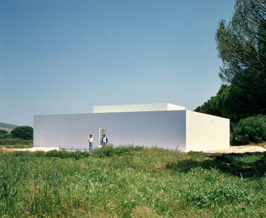La imagen tiene un atributo ALT vacío; su nombre de archivo es Gaspar-House-1992-©-Alberto-Campo-Baeza-1024x842.jpg