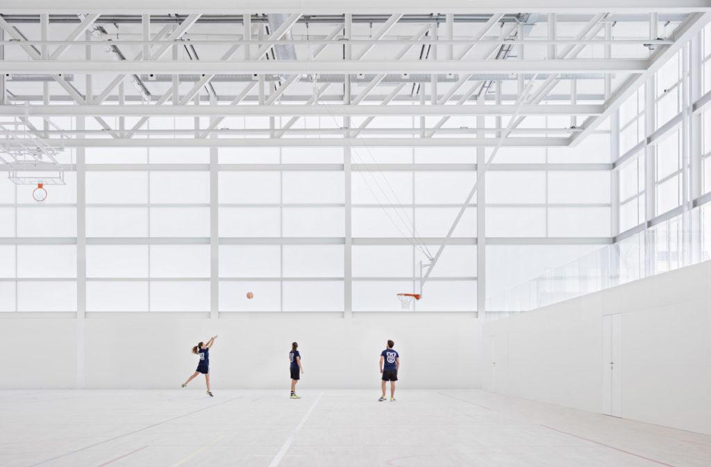 La imagen tiene un atributo ALT vacío; su nombre de archivo es Multi-sport-pavilion2017-©-Javier-Callejas-1024x672.jpg